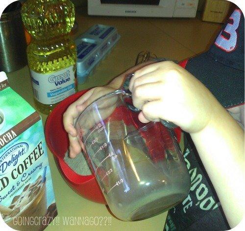 Summer Fun making mocha brownies #IcedDelight