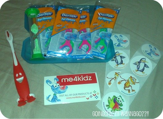 Smile Buddy Kids Oral Care kit for traveling with kids @me4kidz
