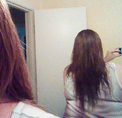 check back for length and layers {DIY haircut via @JanetGoingCrazy}