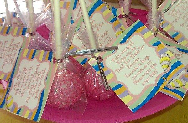 cake pops for Dr Seuss baby shower