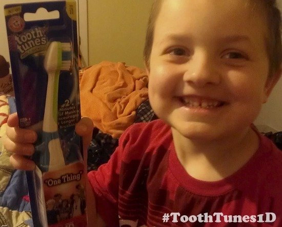 New Fun Morning Routine with ARM & HAMMER™ Tooth Tunes™ #ToothTunes1D