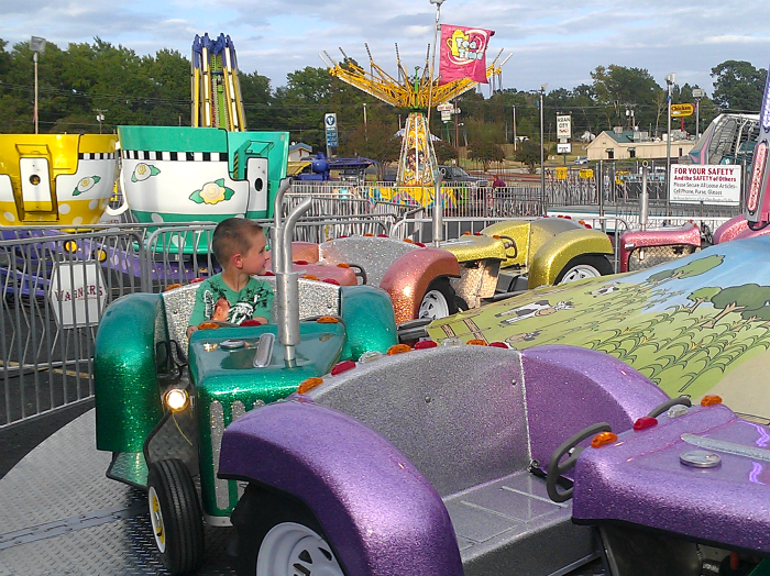 carnival rides for kids on a school night #GoodMomFunMom
