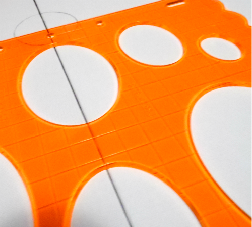 tracing shapes with Fiskars circle cutter #Fiskars4Kids #shop #cbias