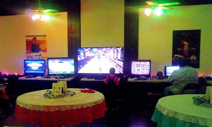 Gaming before the Gamer Wedding #GamerWedding