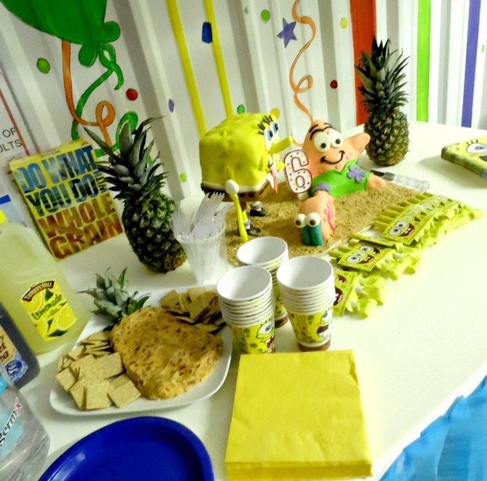 SpongeBob SquarePants birthday party table