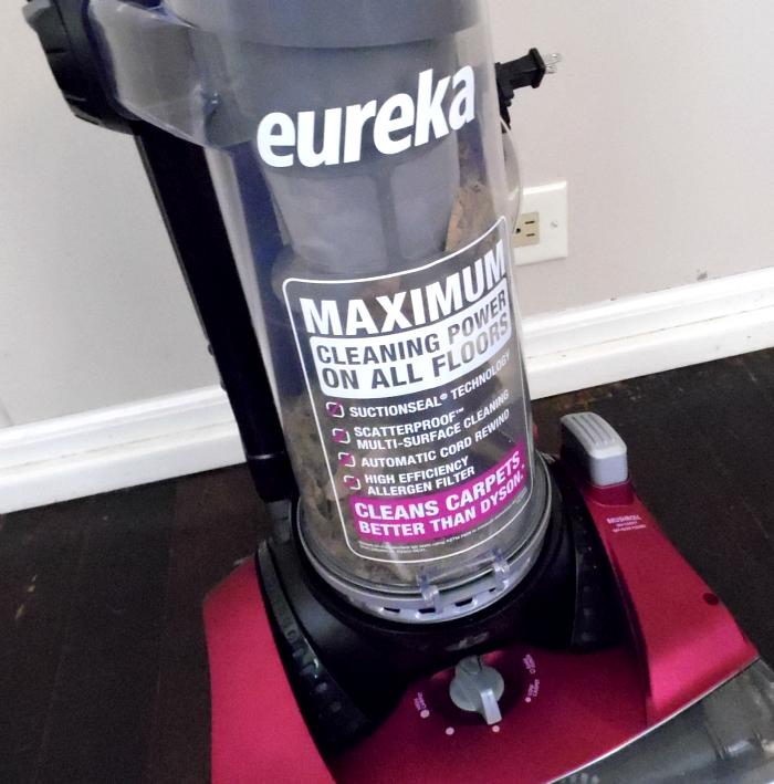 Eureka SuctionSeal 2.0 Rewind #EurekaPower #CollectiveBias #ad