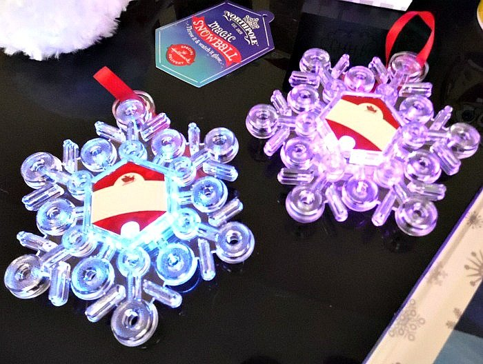 Find Me Santa snowflakes #NorthpoleFun #CollectiveBias #ad