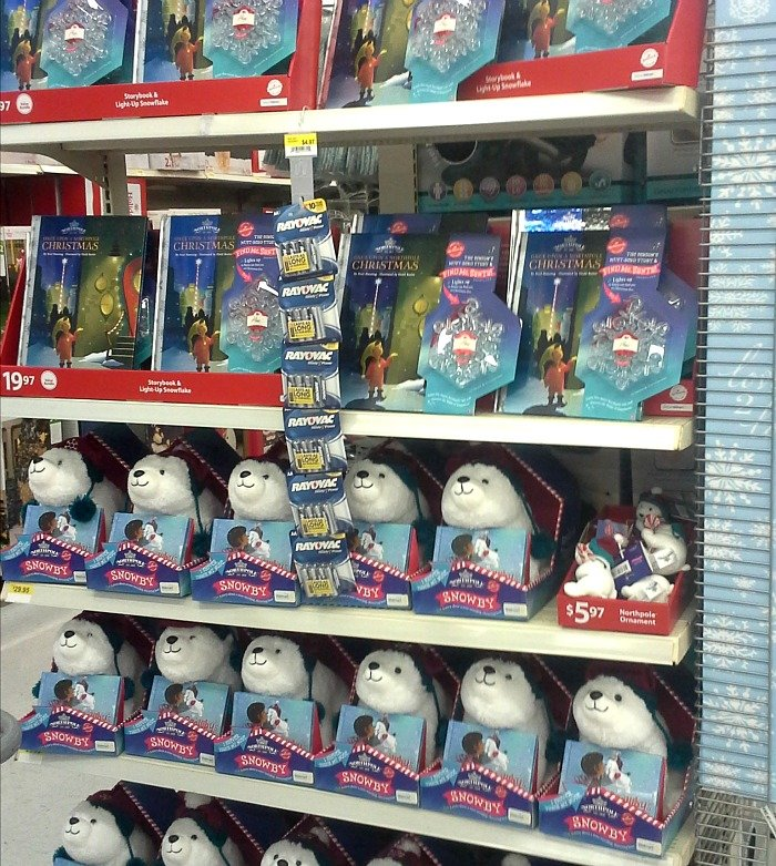 Hallmark's Northpole merchandise at Walmart #NorthpoleFun #CollectiveBias #ad