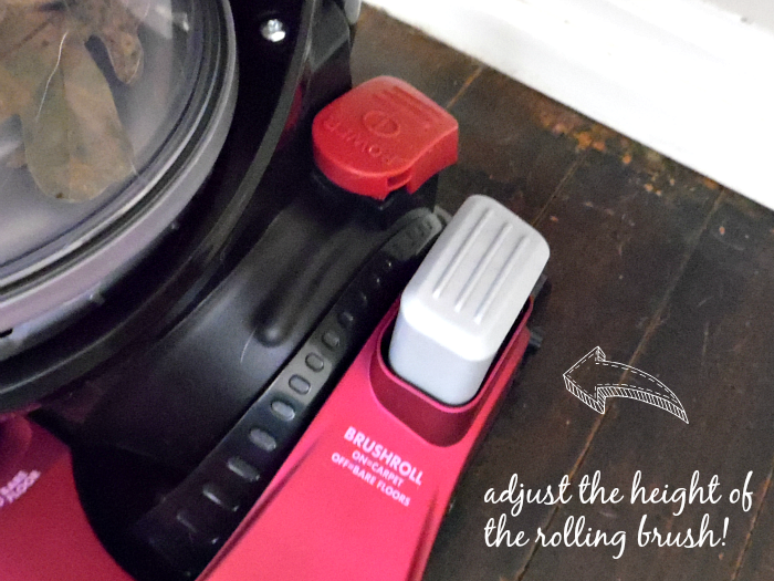 Adjust the height of the brushroll on the Eureka SuctionSeal 2.0 Rewind #EurekaPower #CollectiveBias #ad