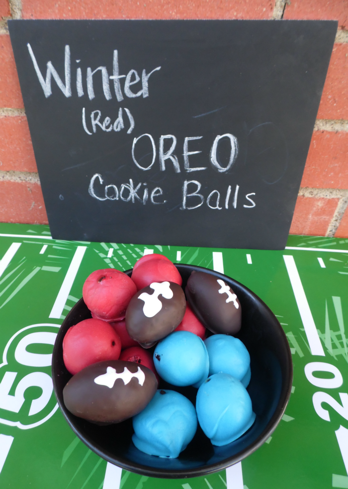 Winter (red creme) OREO Cookie Balls coated in red and blue with football OREO Cookie Balls #OREOCookieBalls #ad #CollectiveBias #cbias