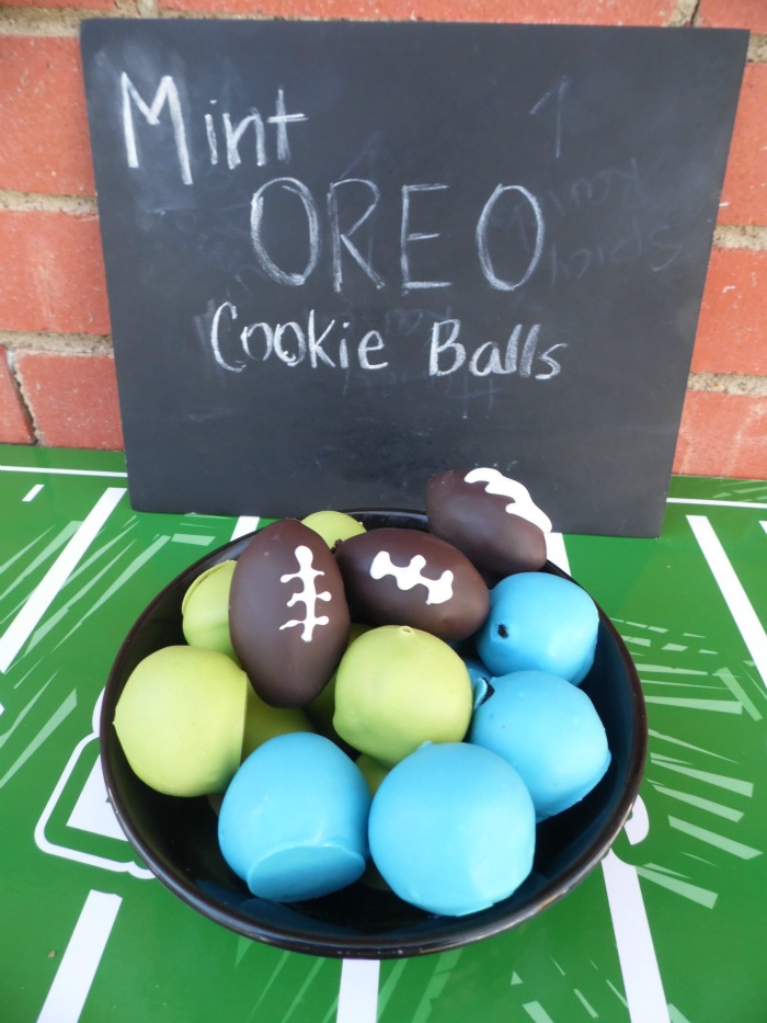 Mint OREO Cookie Balls coated in green and blue with football OREO Cookie Balls #OREOCookieBalls #ad #CollectiveBias #cbias