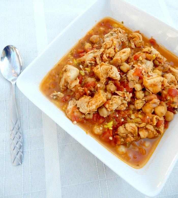 Mediterranean Chicken and Chickpea Stew #MinionsMovieNight [ad] #CollectiveBias