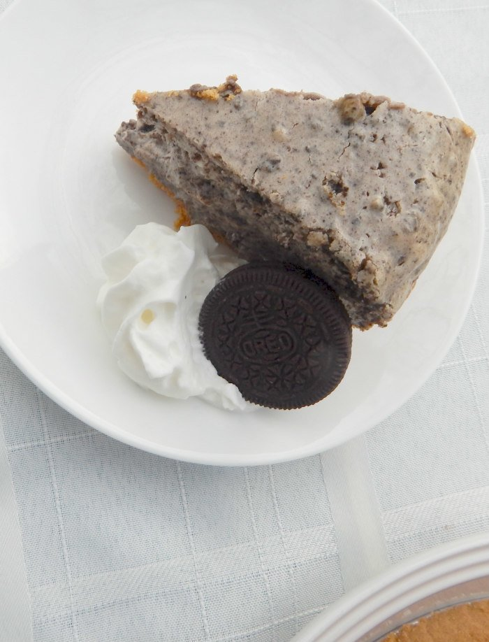 OREO Cheesecake with Nutter Butter Crust #SpreadOREOCheer #CollectiveBias [ad]